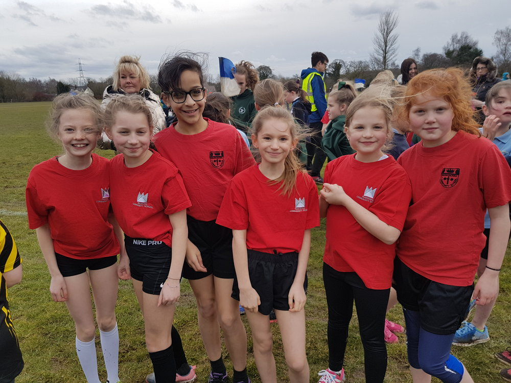 Y5/6 girls cross country team