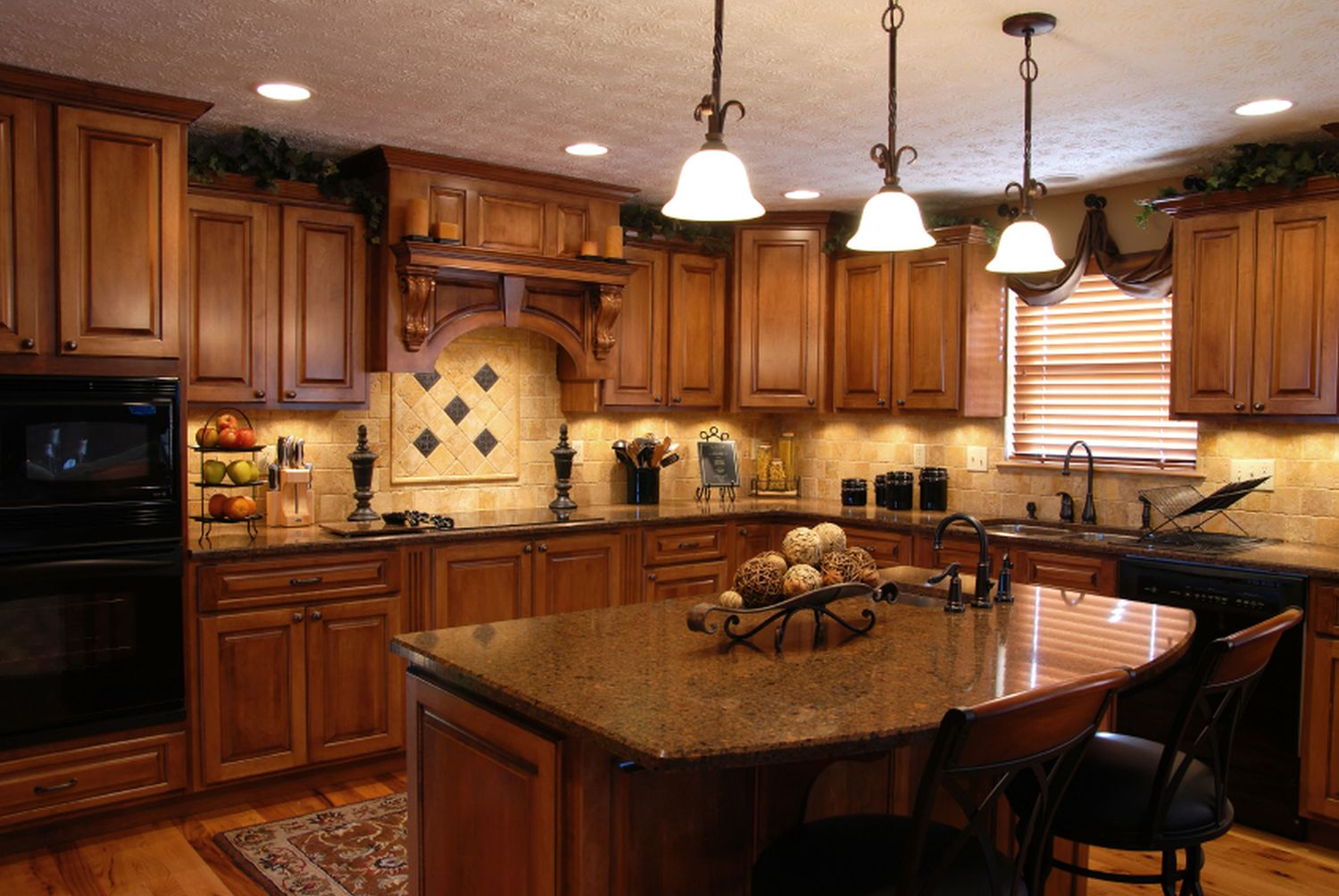 JIL Custom Cabinets Inc