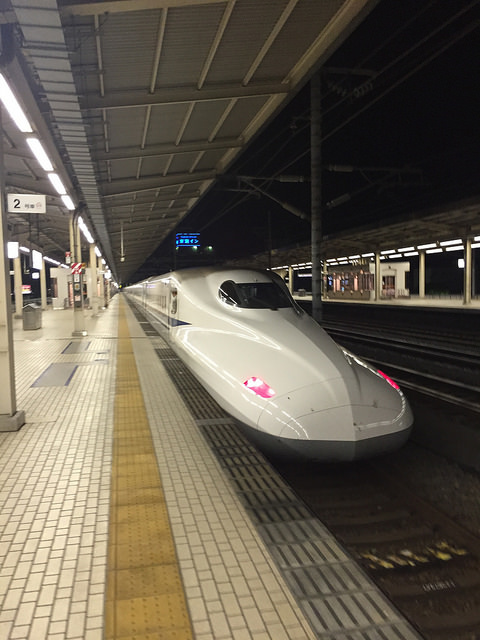 Kodama Shinkansen's N700 series reaching speeds up to 186 mph (300km/h).. PHOTO BY FLICKR@Yuya Tamai