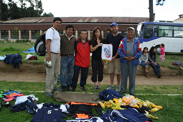 DUSC and Soccer Recycles brought many uniforms to Guatemala.
