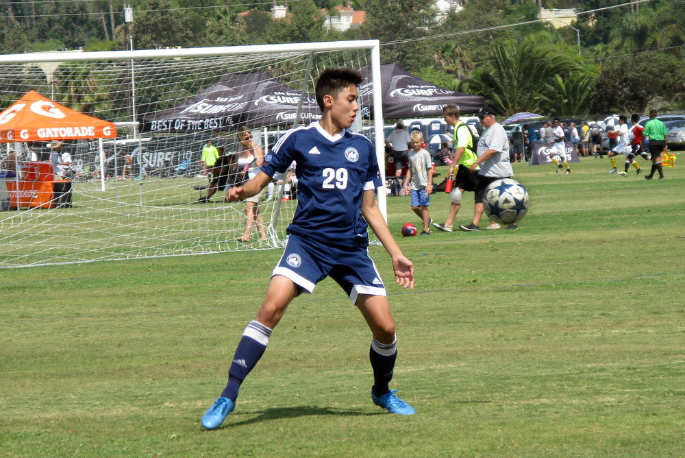 downtown-united-soccer-club-bu17-surf-cup-2016-01.jpg