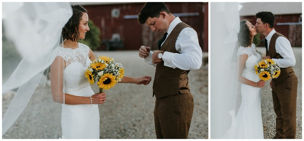 Blissful Barn Wedding Three Oaks Michigan46.jpg