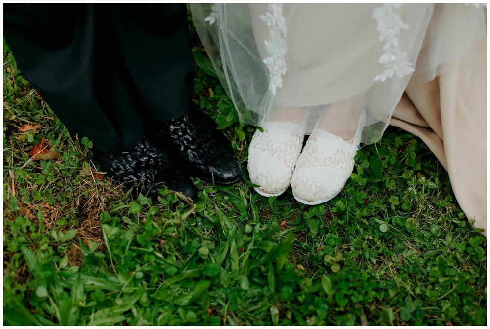 taborhillwineryweddingvineyardoutdoorfalljournalisticfineartsouthwestmichigannorthwestindiana62.jpg