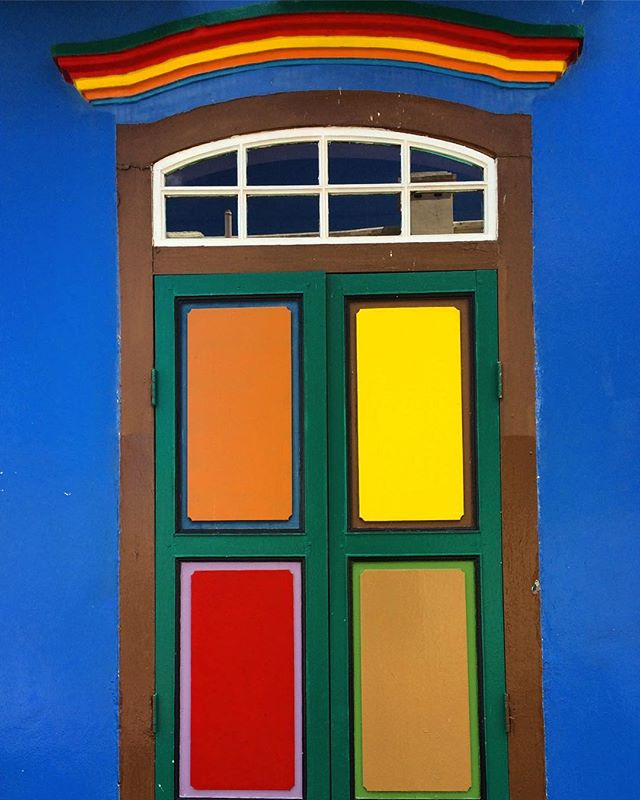 I prefer colour # colourful #singapore #travelpics #windowshutters #artsy #decor #colourpop #colourblock