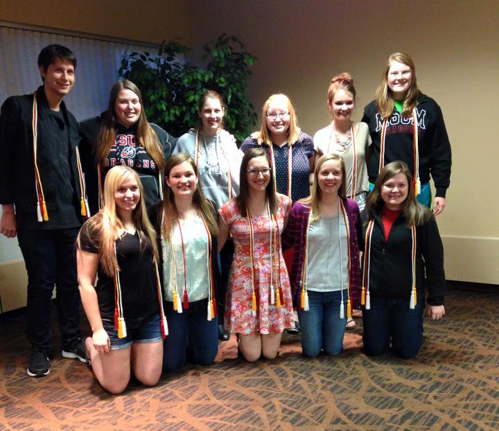 graduating seniors, with their honor cords, from minnesota state university moorhead