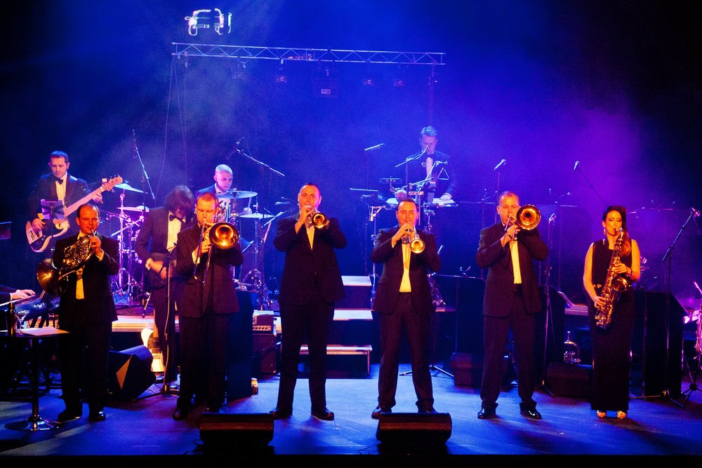 BRASS FRONT OF STAGE.jpg