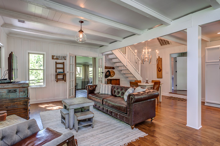 The Nest in Leiper's Fork is a VRBO | Interior Designer: Kim Leggett