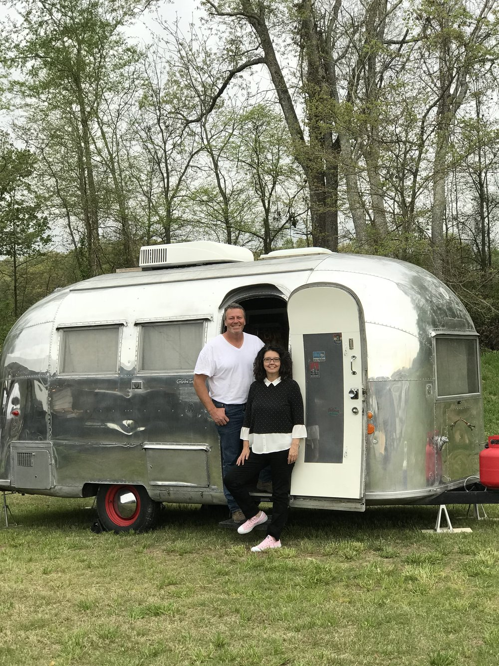 Kim and David with the famous 1962 Globetrotter Airstream that we got from our friend Sheryl Crow  AND  it once belonged to the President John F. Kennedy family