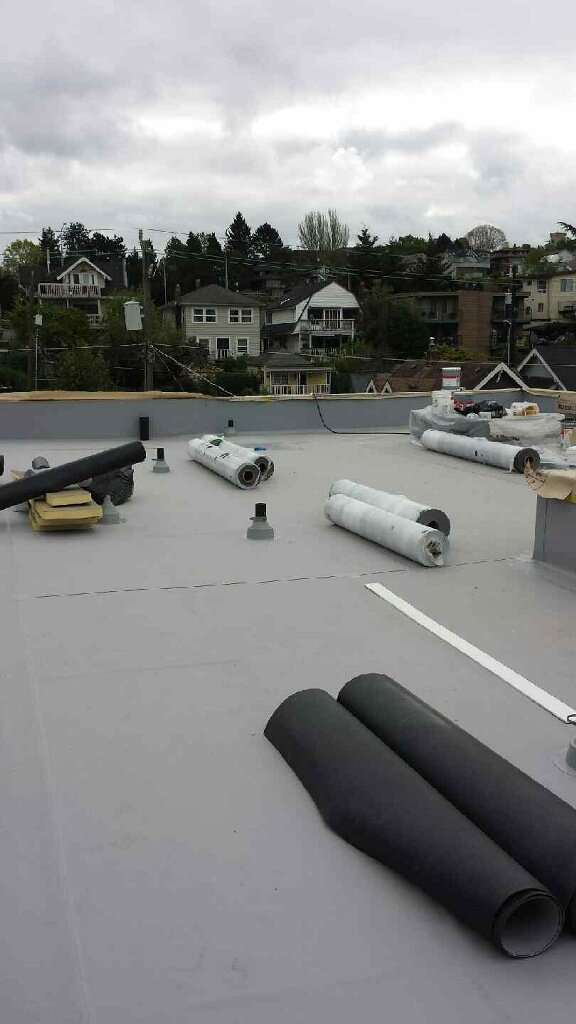 Falt Roofing Contractor Seattle WA