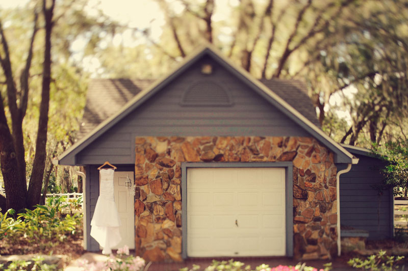 Lange Farm: dress house