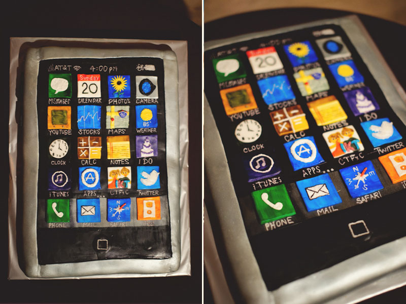 iphone grooms cake