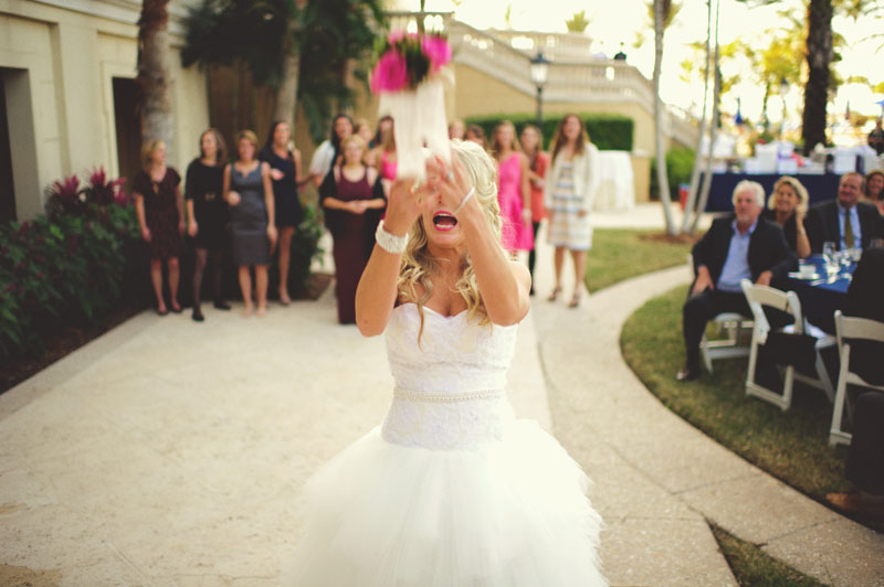ritz carlton sarasota wedding: bouquet toss