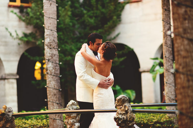 white-room-wedding-st-augustine-jason-mize-037