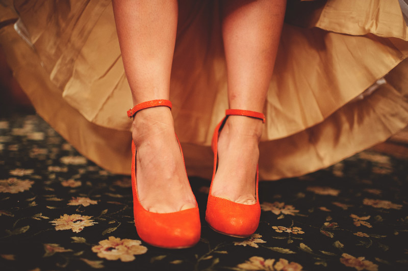 ceviche orlando wedding: orange heels