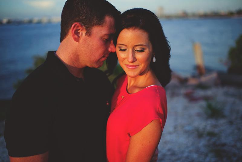 romantic-airport-engagement-jason-mize038