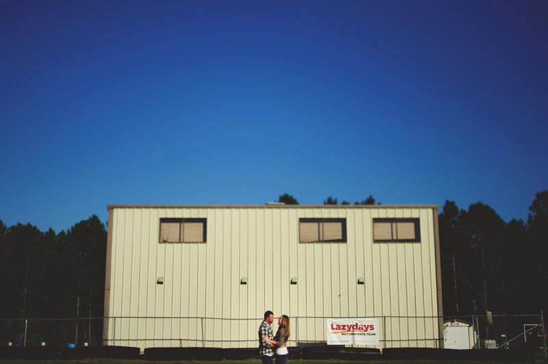 romantic-woodsy-farm-engagement-jason-mize-003