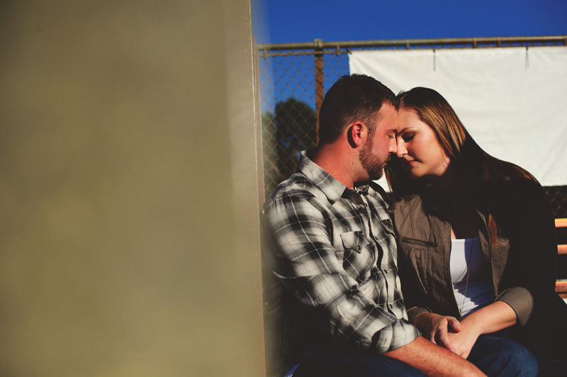 romantic-woodsy-farm-engagement-jason-mize-015