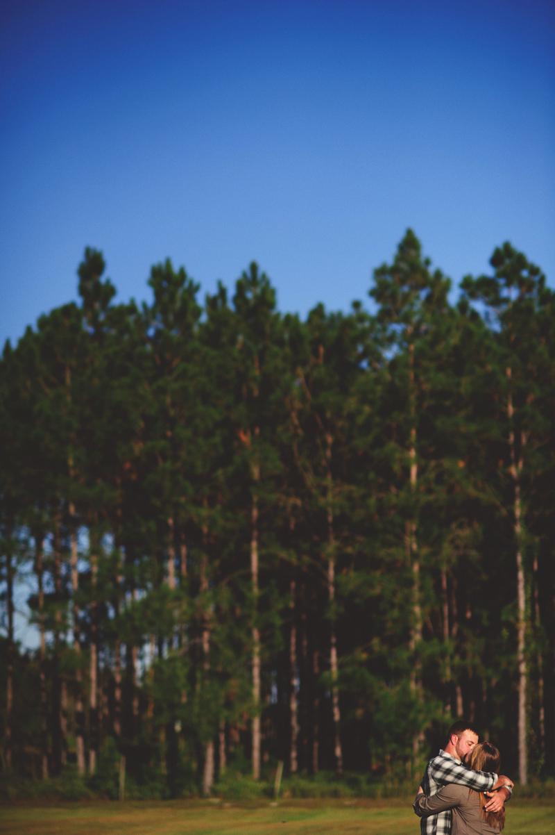 romantic-woodsy-farm-engagement-jason-mize-019