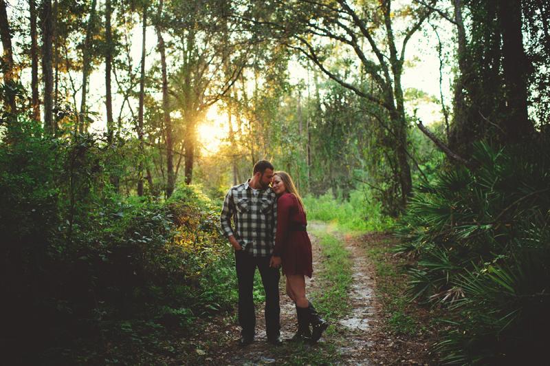 romantic-woodsy-farm-engagement-jason-mize-026