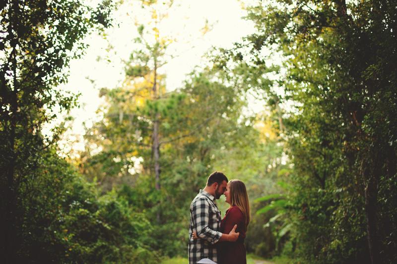 romantic-woodsy-farm-engagement-jason-mize-033