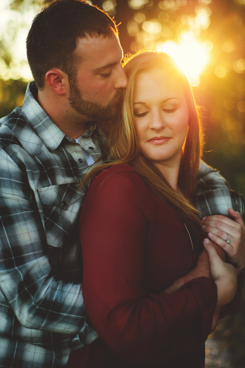 romantic-woodsy-farm-engagement-jason-mize-041