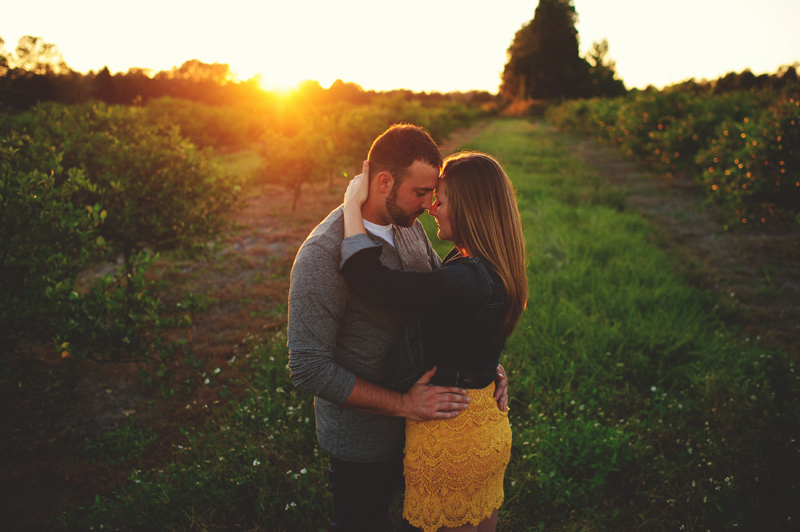 romantic-woodsy-farm-engagement-jason-mize-046