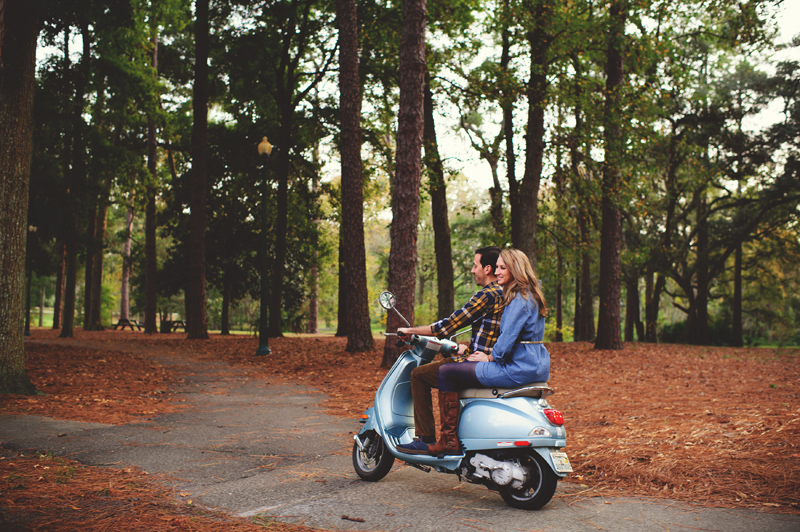 romantic-vintage-jacksonville-engagement-session-008