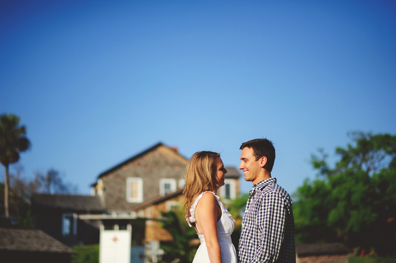 jupiter-romantic-engagement-photos-003