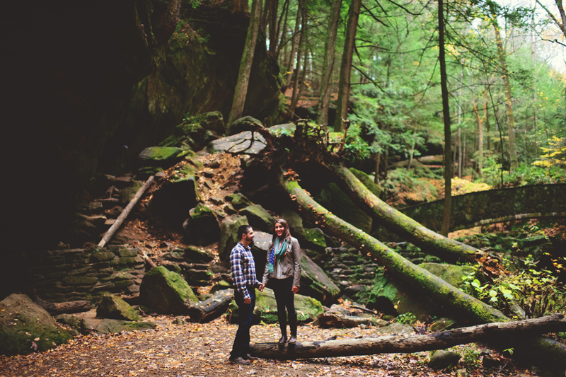 hocking hills engagement: fall time