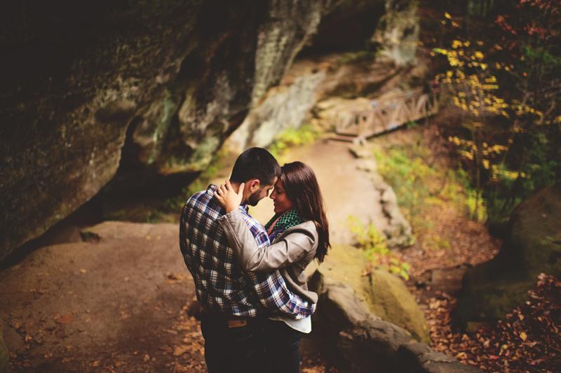 hocking hills engagement: romantic photos