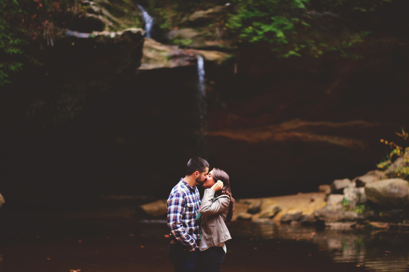 hocking hills engagement: water falls kissing