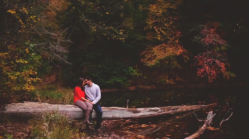 romantic fall engagement photos