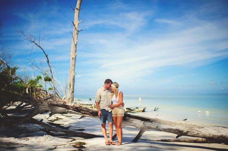 boho-beach-engagement-photos-0016