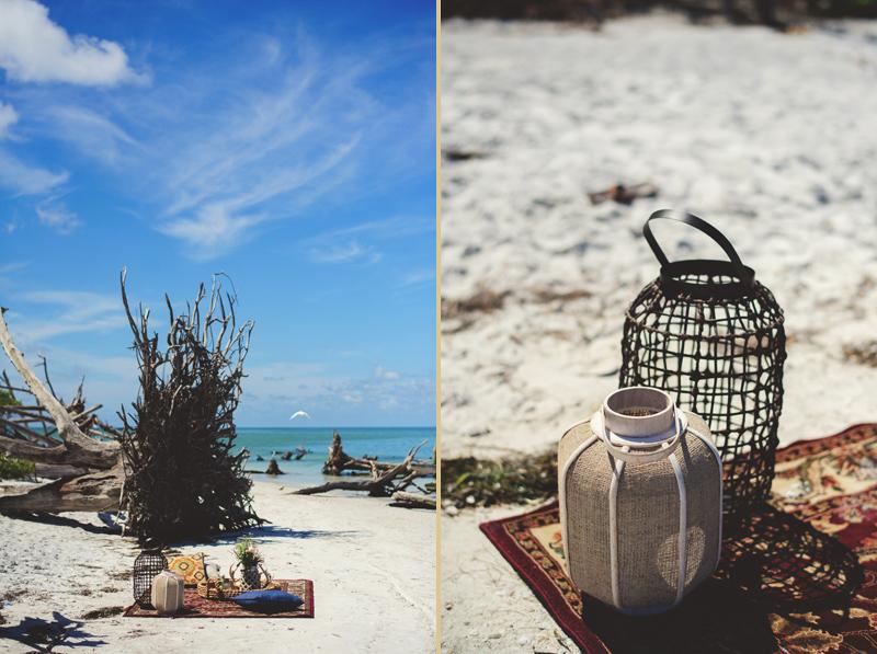 boho beach engagement photos: picnic