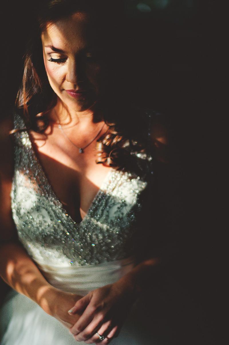 interesting light bridal photos