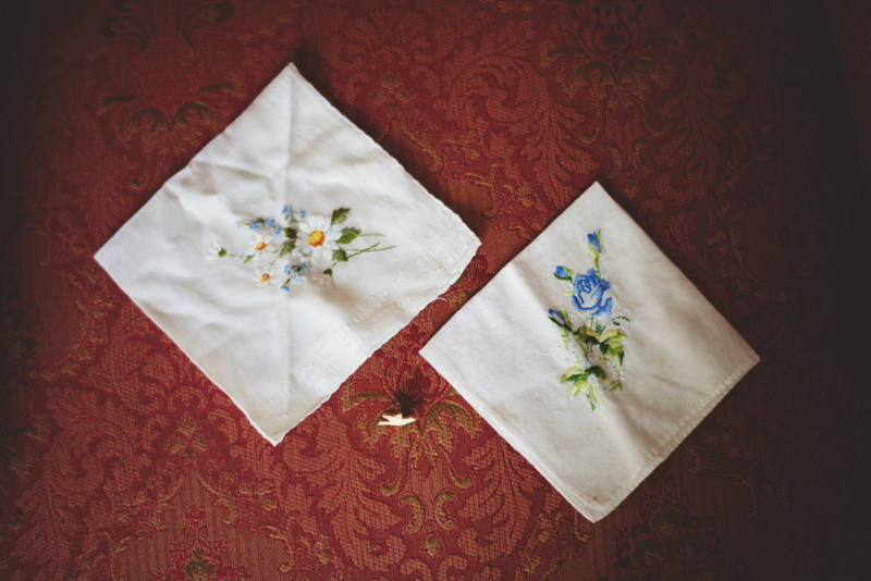 backyard wedding tampa: handkerchief