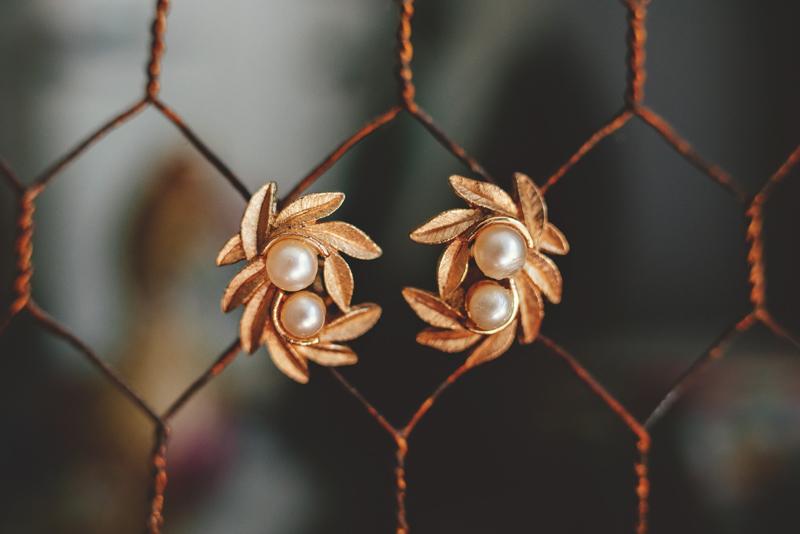 backyard wedding tampa: ear rings