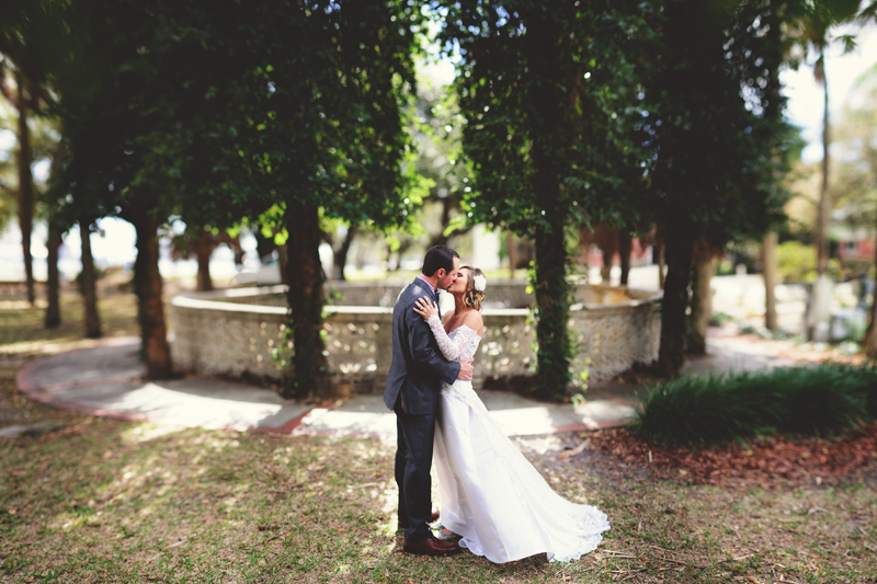 backyard wedding tampa: brenizer method