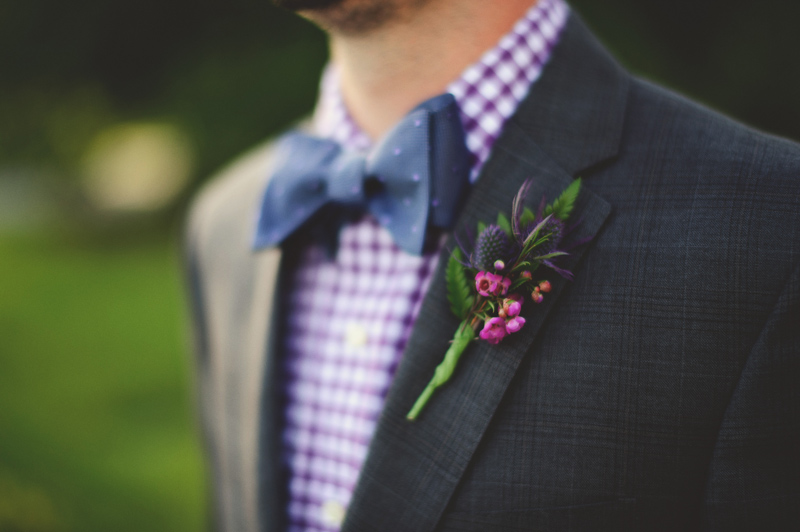 backyard wedding tampa: boutonniere