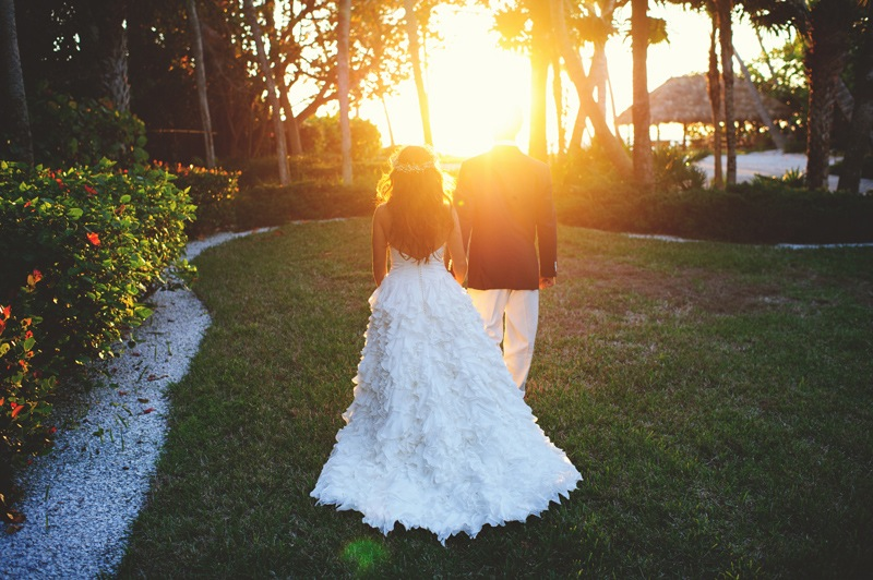 boho backyard wedding naples: walking sunset