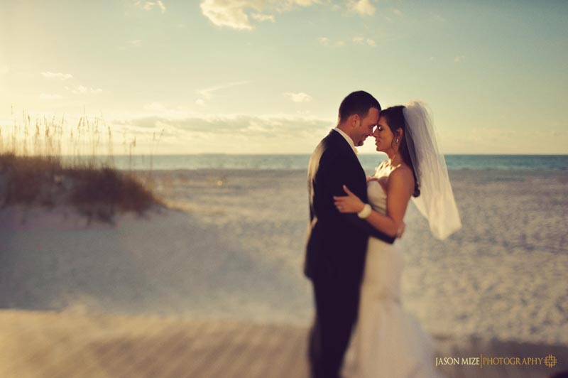 sandpearl wedding: bride and groom portraits