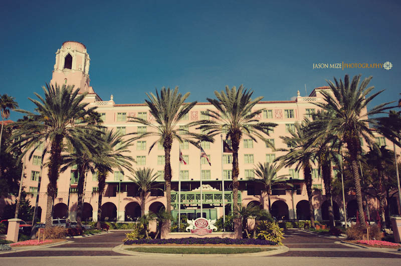 renaissance vinoy wedding: front building