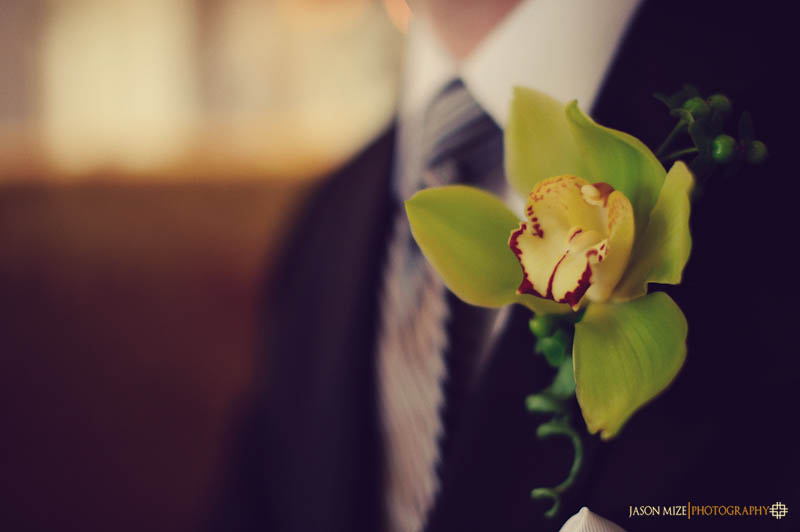 renaissance vinoy wedding: groom boutonniere