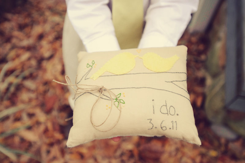 DIY Vintage ring bearer pillow