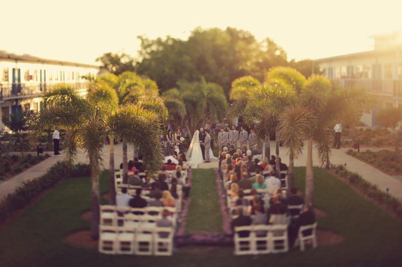 Postcard Inn: ceremony shot
