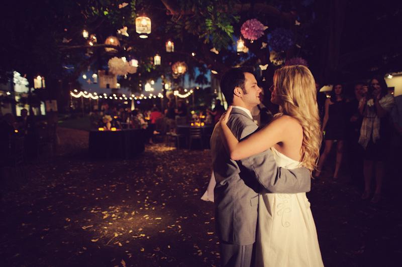 Postcard Inn: bride and groom dancing