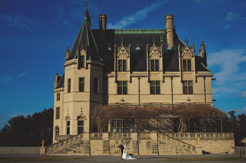Biltmore Estate Wedding: bride and groom portraits