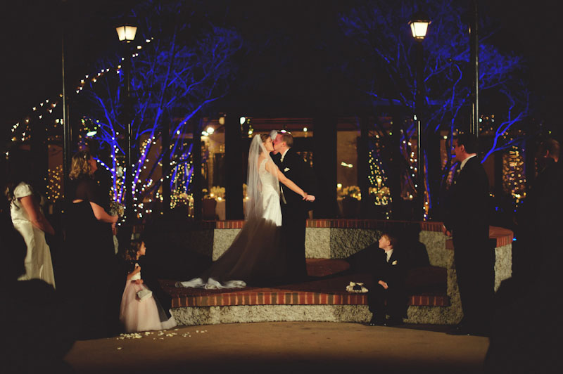 Biltmore Estate Wedding: first kiss