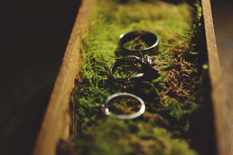jacksons bistro: moss vintage ring shot
