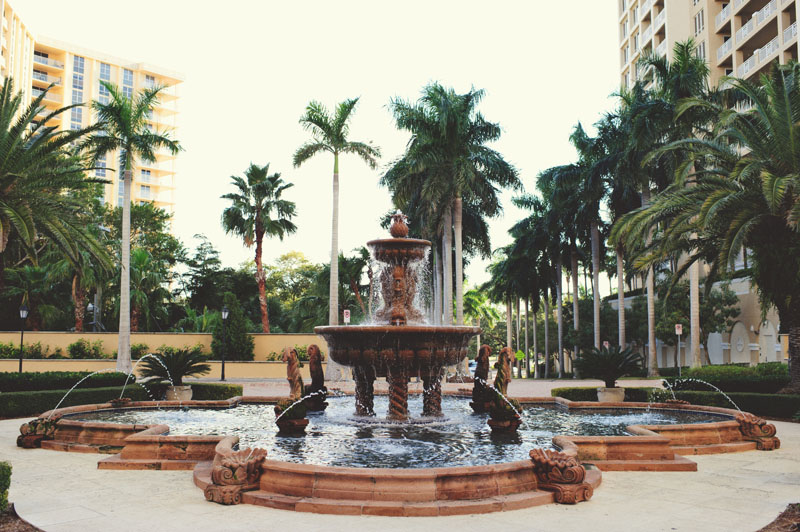 ritz carlton sarasota wedding: fountain